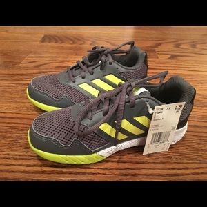 BNWT boys Adidas sneakers